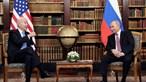 Putin aponta o dedo aos Estados Unidos durante encontro com Biden e acusa-os de ciberataques à Rússia