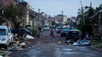 Pelo menos três mortos e centenas de feridos após passagem de tornado raro na República Checa