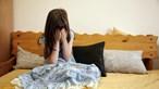 Menor violada pelo pai enquanto dormia