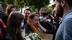 Mulher que matou marido em França após anos de abusos não vai para a prisão