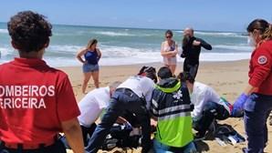 Pai morre a salvar filhas menores em praia de Mafra