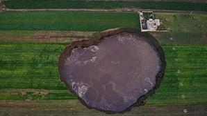 Cratera gigante ameaça casas no México