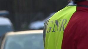 Um ferido grave e três ligeiros em acidente entre dois carros em Gondomar