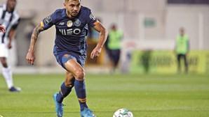 Jesús Corona quer sair do FC Porto