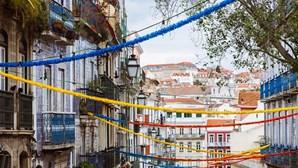 Grades, fitas e horário restrito: conheça as medidas da PSP para os Santos Populares em Lisboa