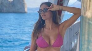 Jessica Melena é a musa sensual que dá golos à seleção de Itália