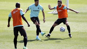 Portugal realiza derradeiro treino antes da estreia no Euro2020 e já deverá contar com Dalot