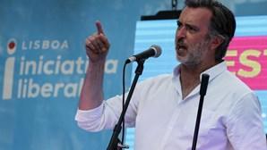 Iniciativa Liberal compara-se a Santo António em arraial com centenas de pessoas e parecer desfavorável da DGS