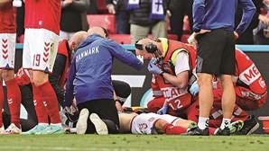 """Comportamento da UEFA foi """"inaceitável"""" ao retomar jogo após colapso de Eriksen, defende federação dinamarquesa"""