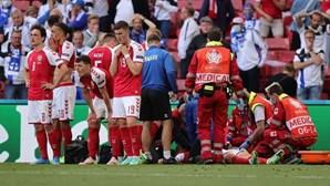 """""""Está de bom humor"""": Médico da seleção da Dinamarca faz o ponto da situação sobre Eriksen"""