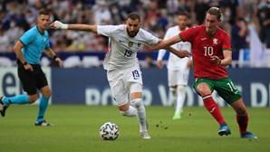 """Benzema diz que está """"a 100%"""" na seleção francesa"""