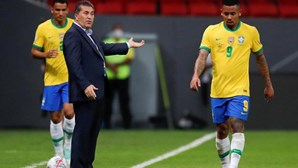 Brasil supera 'a passo' a 'dizimada' Venezuela de Peseiro