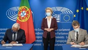 """""""Para recuperar a nossa liberdade"""": António Costa anuncia que certificado digital Covid-19 já é oficial"""