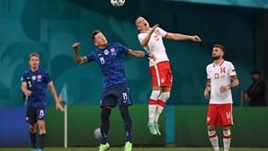 Eslováquia bate Polónia no Euro2020 em duelo de países vizinhos