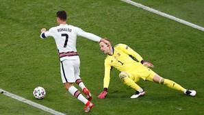 Cristiano Ronaldo bate mais um recorde ao tornar-se o melhor marcador de sempre da história dos Europeus