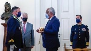 Parlamento tira a Costa decisão sobre fim do SEF