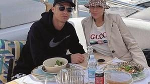Cristiano Ronaldo rejeita Coca-Cola mas Georgina é fã da marca