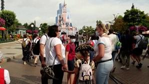 Disneyland Paris volta a receber visitantes após sete meses encerrado