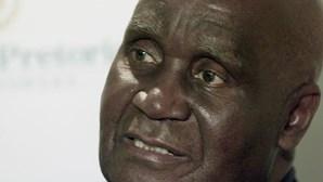 Morreu Kenneth Kaunda, o primeiro presidente da Zâmbia