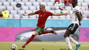 Pepe e Moutinho unem-se a Buffon no pódio com 17.º jogo em Europeus