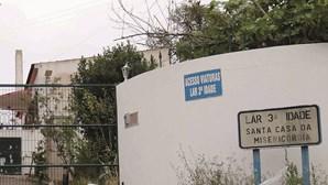 Idosa vacinada morre com Covid-19 em lar de Faro
