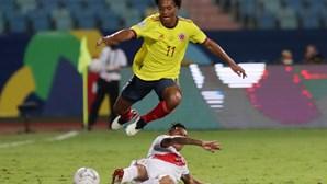 Peru derrota Colômbia e Brasil ruma aos 'quartos' da Copa América sem jogar