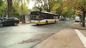 Motorista filmado a assediar jovem em autocarro em Coimbra foi suspenso