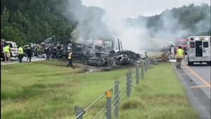 Nove crianças morrem em acidente durante tempestade no Alabama