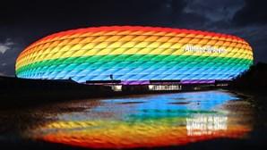 Hungria saúda decisão da UEFA de rejeitar iluminação arco-íris em estádio