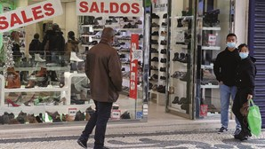 Consumo dos portugueses cai para 85% da média europeia, avança Eurostat
