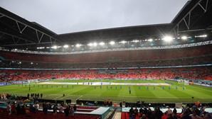 Ingleses divididos sobre levantamento de quarentena a adeptos europeus para o Euro 2020