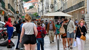 Portugal tem 40 concelhos com incidência da Covid-19 acima dos 480 casos por 100 mil habitantes