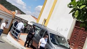 Governo ausente do funeral de trabalhador atropelado por carro onde seguia Eduardo Cabrita