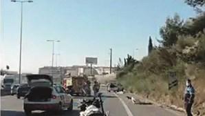 Homem morre no asfalto após despiste de carro em Loures