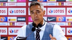 """Técnico português Paulo Sousa considera que Polónia merecia """"muito mais"""" na prova"""