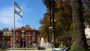 Argentina torna obrigatória contratação de travestis, transexuais e transgéneros na função pública
