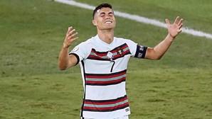 """""""Voltaremos mais fortes"""": A mensagem de Cristiano Ronaldo após derrota com a Bélgica"""
