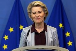 Ursula von der Leyen é a atual presidente da Comissão Europeia