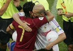 Seleção Nacional voltaria a ser afastada da final da maior prova internacional da FIFA, daquela vez, pela França