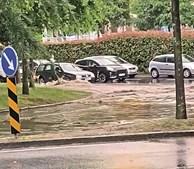 Várias ruas de Braga ficaram alagadas após a forte precipitação