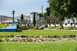 A formação estende-se pelos vários e diferenciados espaços da Aldeia de Santa Isabel