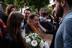 Valérie Bacot foi violada desde os 12 anos pelo padrasto, com quem acabou por casar e ter quatro filhos. Era agredida e forçada a prostituir-se