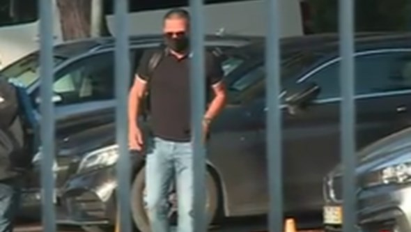 Novo diretor-geral do futebol do Benfica chega ao Seixal. Veja as imagens exclusivas