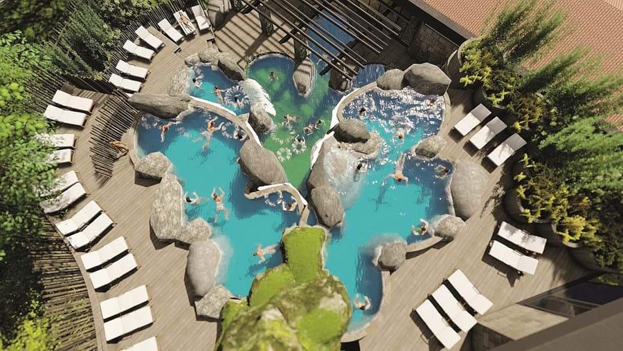 Esta vai ser uma das grandes atrações das Termas de Chaves: uma piscina de água quente, com cascatas, que permite banhos e mergulhos, num ambiente de grande descontração. Conforme os planos, deve abrir já em agosto