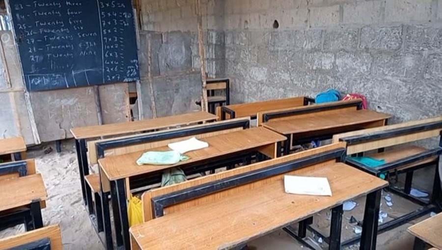 Autoridades confirmam sequestro de 136 crianças em escola na Nigéria