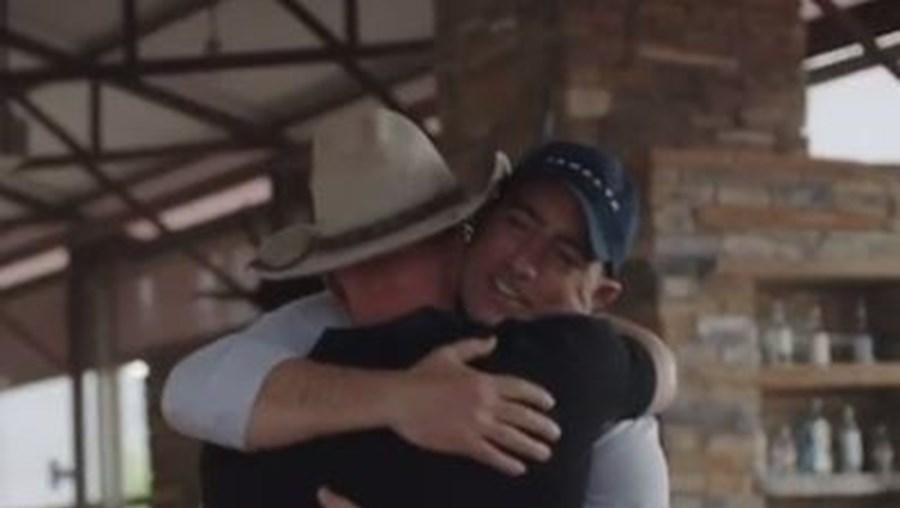 Jeff Bezos com o irmão