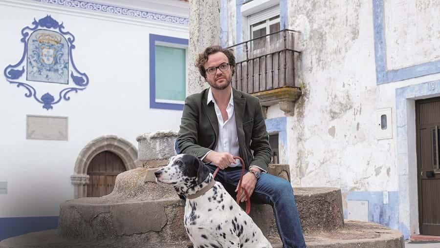 Nietzsche ouviu todas as músicas do disco 'No Lugar Dela', do dono Duarte, antes de ser lançado a 21 de março último