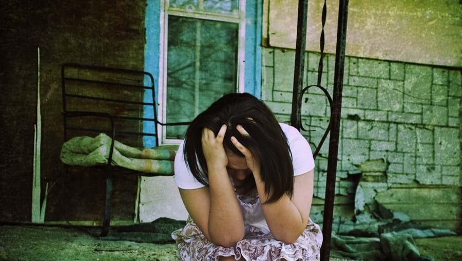 Jovem, hoje com 15 anos, sofreu anos de abusos às mãos de vários homens