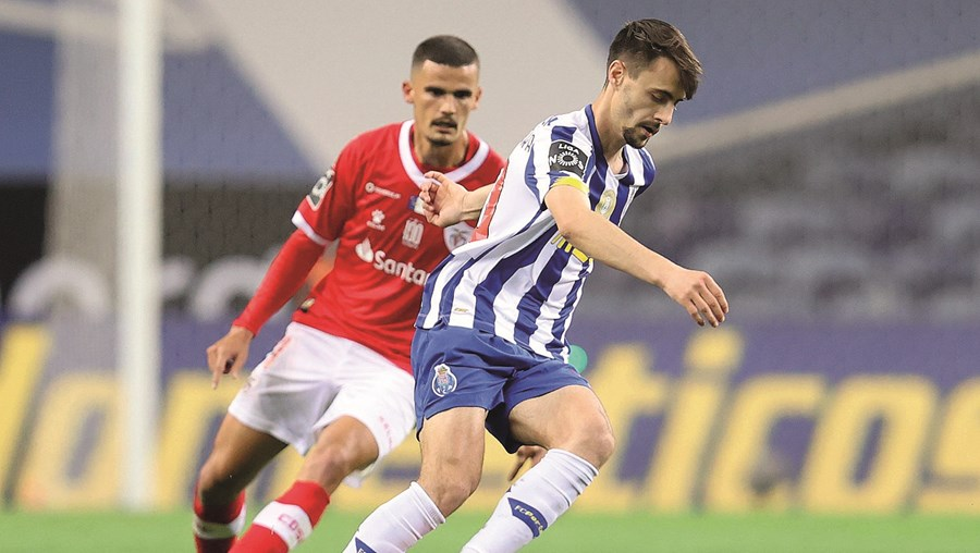 Fábio Vieira recusou as primeiras abordagens do FC Porto para prolongar o vínculo