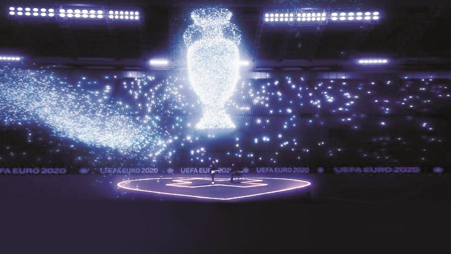 Milhões de partículas de luz ajudam a formar um Olímpico de Roma em 3D